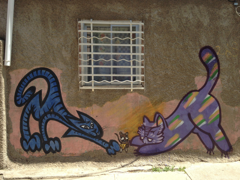 cat and mouse graffiti